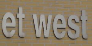 et west 1, Johan
